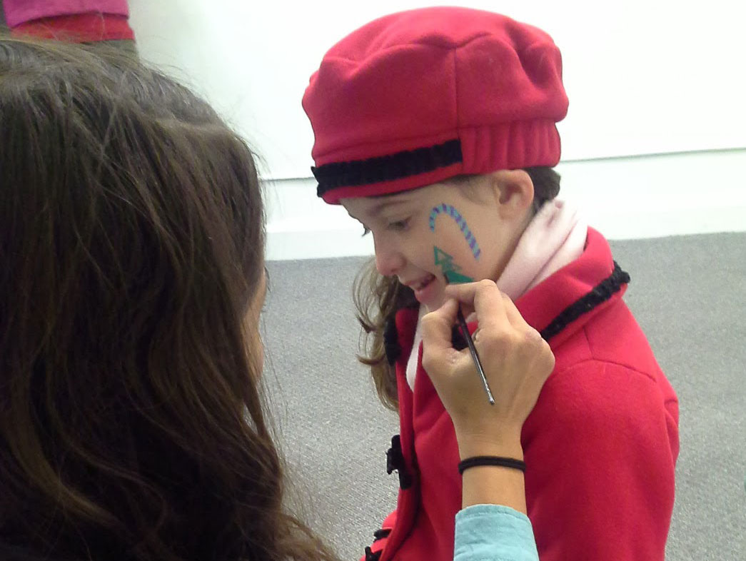 Art Club fundraiser facepainting at McKendree Gallery of Art