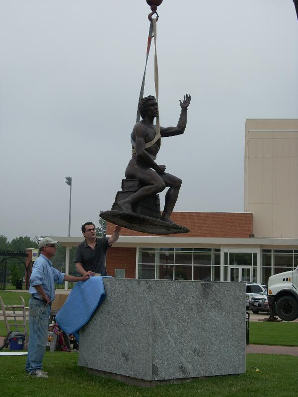 Photo of the Installation of the Inspiration Statue